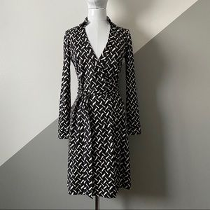 DVF 2 Iconic Wrap Dress New Jeannie Two 100% Silk